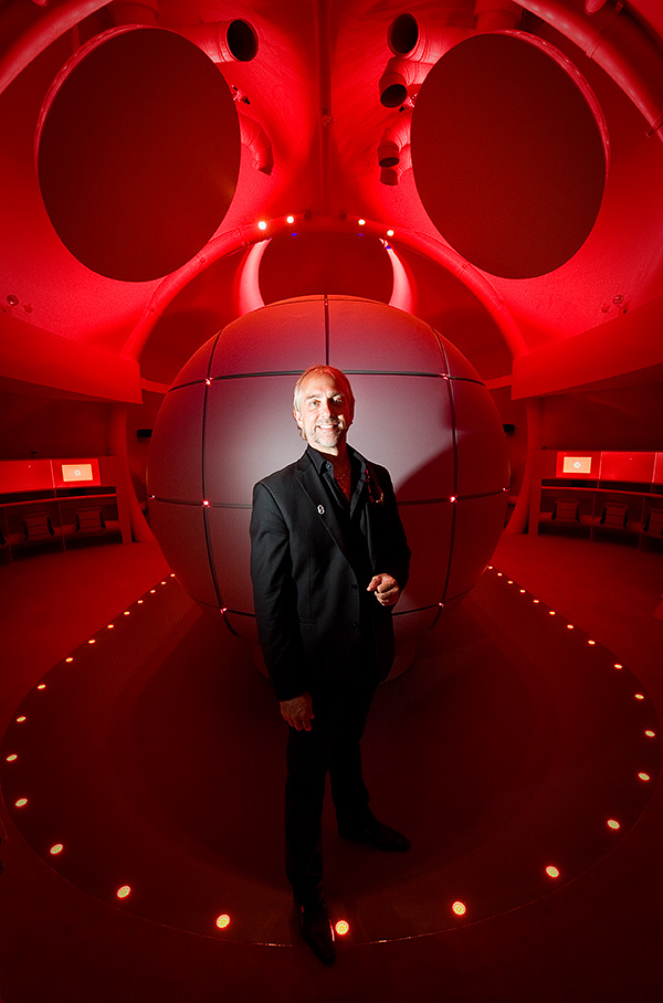 Cosmonaut Richard Garriott at The Centre of the Cell, QMUL. 2011